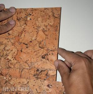 Монтаж пробковых плит на стену