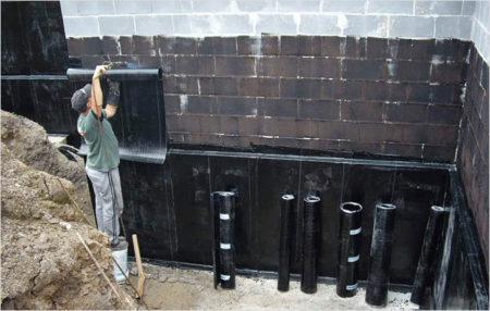 Оклейка стен наплавляемыми материалами