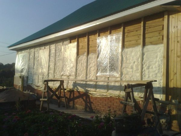 Утепление стен каркасного дома снаружи