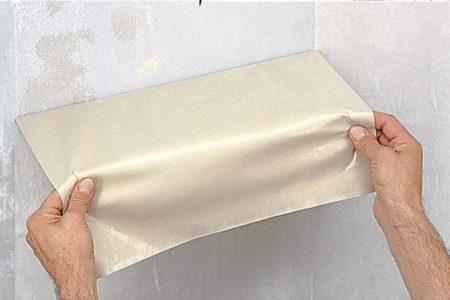 Снятие флизелиновых полотен со стены